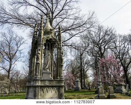 Springtime With the Deceased - Bellefontaine Cemetery - Saint Louis, MO