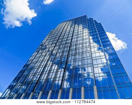 Cloud Connected - Office Skyscraper in Downtown Nashville, TN