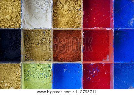 Vibrant Color Pigments