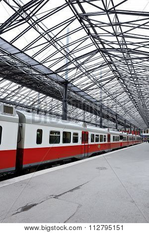 The Electric Train Stopped At The Pavilion Central Station In Helsinki