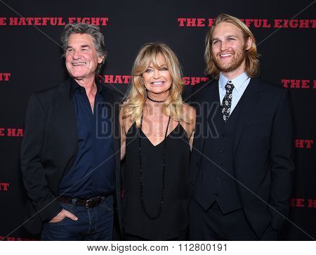LOS ANGELES - DEC 07:  Kurt Russell, Goldie Hawn & Wyatt Russell arrives to the