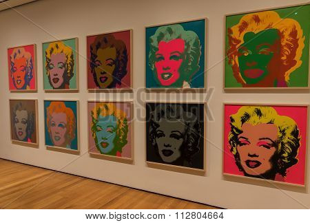 New York City MOMA - New York City MOMA - Andy Warhol, Marilyn Monroe Pop Art