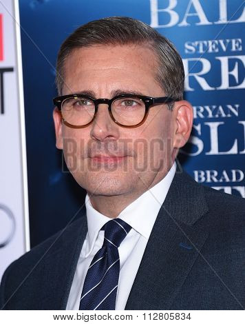LOS ANGELES - NOV 12:  Steve Carell arrives to the AFI Fest 2015 Closing Gala 'The Big Short' World Premiere  on November 12, 2015 in Hollywood, CA.