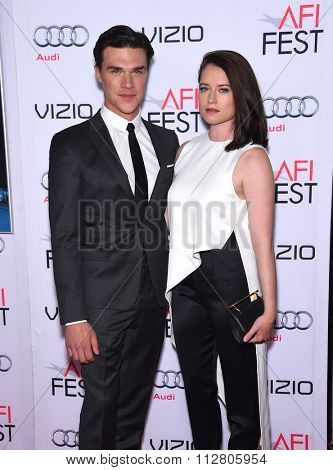 LOS ANGELES - NOV 12:  Finn Wittrock & Sarah Roberts arrives to the AFI Fest 2015 Closing Gala 'The Big Short' World Premiere  on November 12, 2015 in Hollywood, CA.