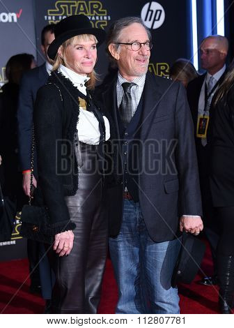 LOS ANGELES - DEC 14:  Kate Capshaw & Steven Spielberg arrives to the