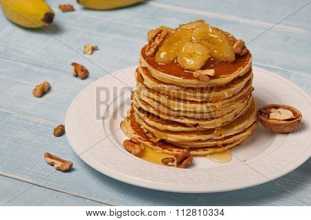 Pancake With Caramelized Bananas And Honey