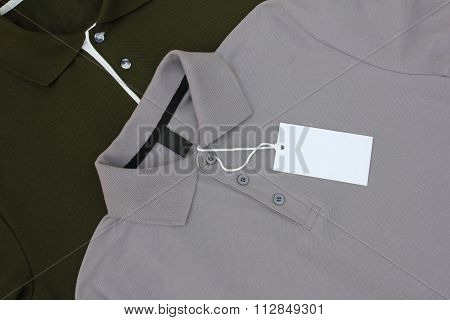 Blank tag on t-shirt
