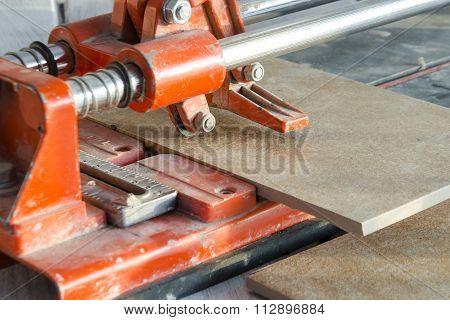 Ceramic Tile Cutting Process