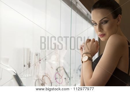 Girl Looking Jewel Indoor . Shot In Ambient Ligh
