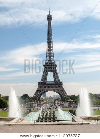 PARIS, FRANCE - SEPTEMBER 9, 2014:Eiffel Tower seen from fountain at Jardins du Trocadero