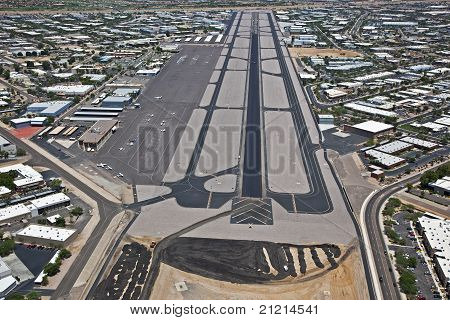 Resurfacing Scottsdale Airport
