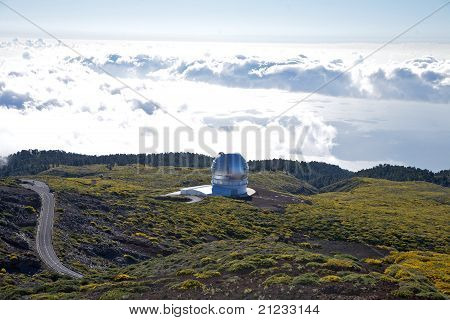 La Palma Observatories Clouds And Ocean