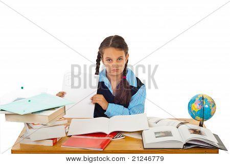 Chica estudiante mostrando mal resultado prueba