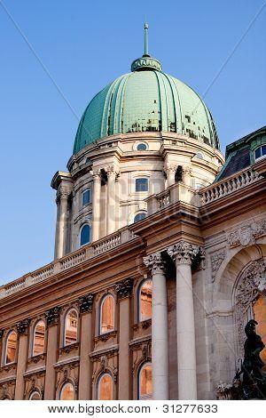 Budapestroyal Palast