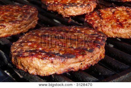 Hamburgers Barbecuing
