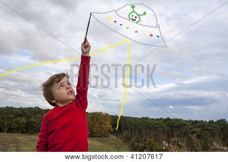 Kid Painting Ufo