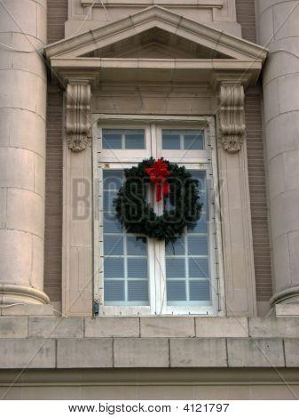 Wreath Between Columns