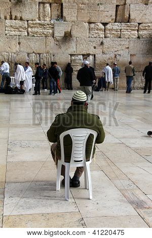 Jewish Worshipers  Pray At The Wailing Wall An Important Jewish Rel