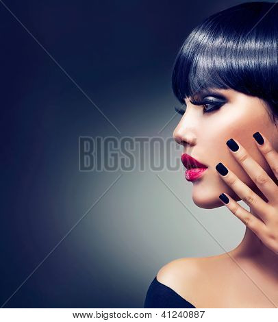 Fashion Woman Profile Portrait. Vogue Style Model. Stylish Makeup and Manicure. Beauty Girl with Black Hair