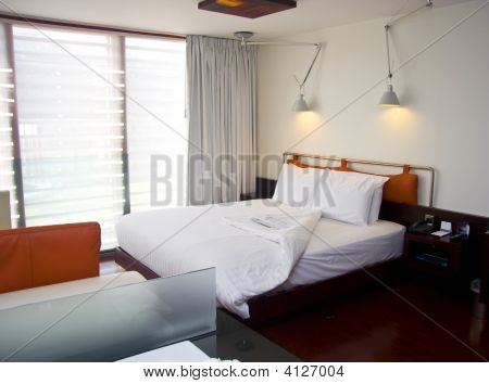 Modern King-Size Bed With Lamps