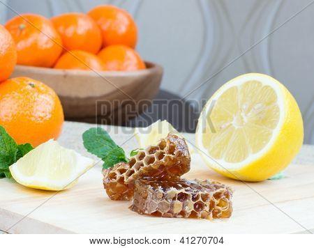 Honeycomb, Lemon And Mandarins