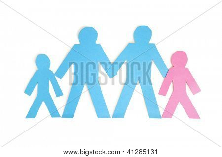 Corte de papel salidas que representa a una familia de cuatro en fondo blanco