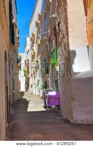 Alleyway. Gallipoli. Puglia. Italy.