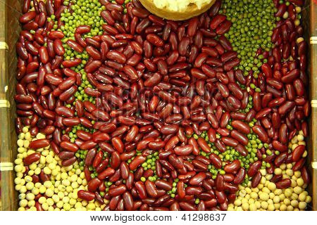 Bean Background In A Printers Box, Pinto, Lima, Navy, Black Eyed, Spit Peas, Soy, Lentils