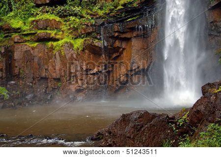Lone creek waterfall, gorge