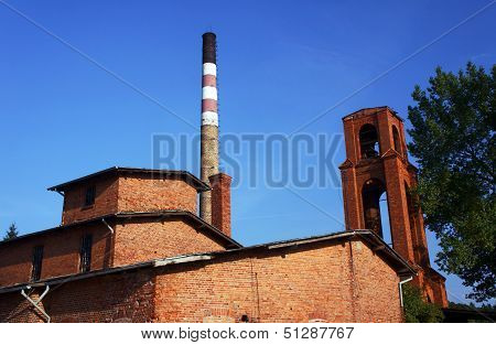 The old brick distillery