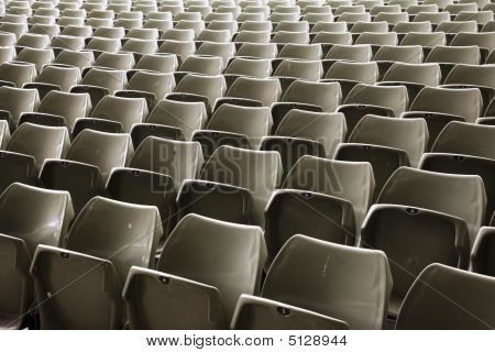 Endless Seats