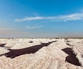 picture of salt mines  - Salt mine at Sambhar Lake - JPG