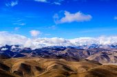 foto of sherpa  - View point Himalaya on the pass - JPG