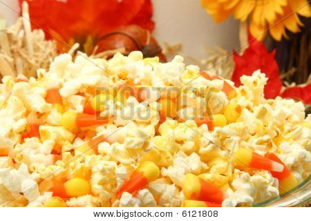 Popcorn Candy Corn Mix