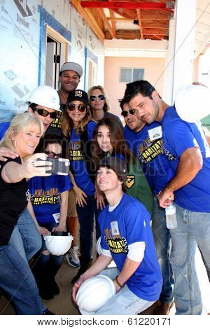 LOS ANGELES - MAR 8: Dominic Zamprogna, Rebecca Herbst, Lisa LoCicero, Kelly Sullivan, Ryan Paevey, Jimmy Dreshler, others at the 5th GH Habitat for Humanity Fan Build on March 8, 2014 in Lynwood, CA