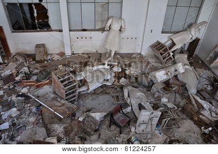 Broken Statues Ruins