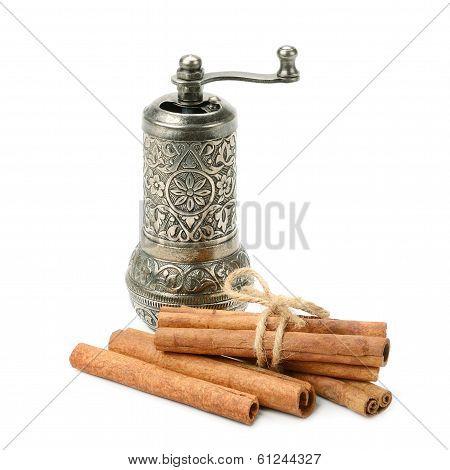 Cinnamon And Manual  Grinder