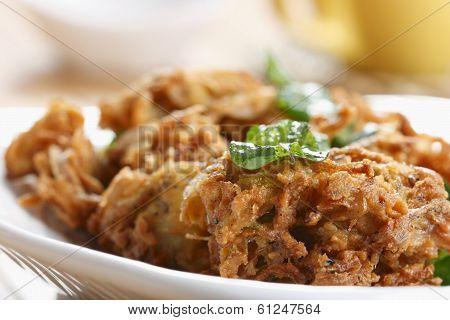Kanda Bhajjia - Onion fritters from Maharashtra