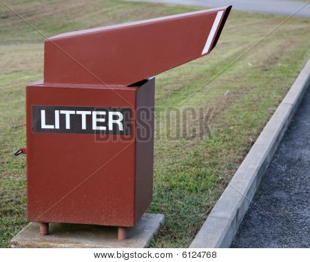 Litter Receptacle