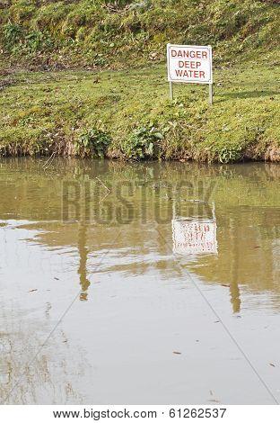 'Danger Deep Water' sign