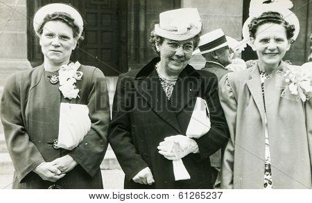 CHICAGO, CIRCA SIXTIES - Vintage portrait of three mature elegant women