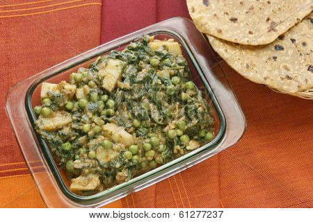 Saag Matter is an north Indian vegetarian dish
