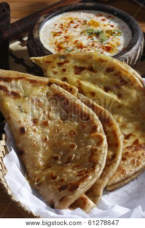 Dal Jo lolo is a paratha from India