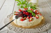 cake with soft fruits