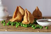 image of bengal-gram  - Samosa  is an Indain fried or baked pastry with a savory filling - JPG