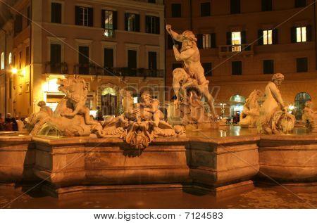 Rome - foutain in night - Piazza Navona