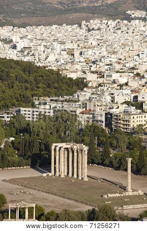 Temple Of Zeus In Athens. Greece
