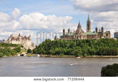 Parliament Buildings and Fairmont Chateau Laurier