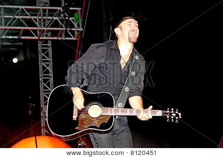 Kristian Bush Playing to the Crowd on his Guitar