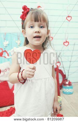 Holding A Lollipop, Retro